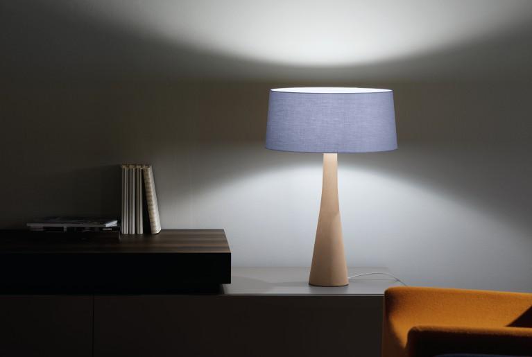 Belssia lampada treppiede con cilindro argento e nero lampade